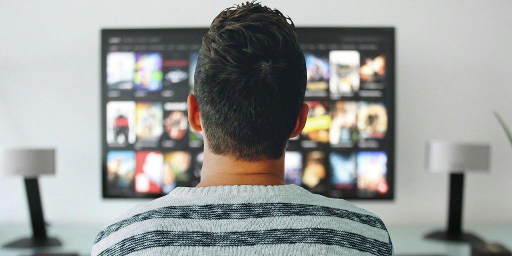 perbedaan smart tv dengan led tv